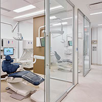 Smart Glass for Healthcare